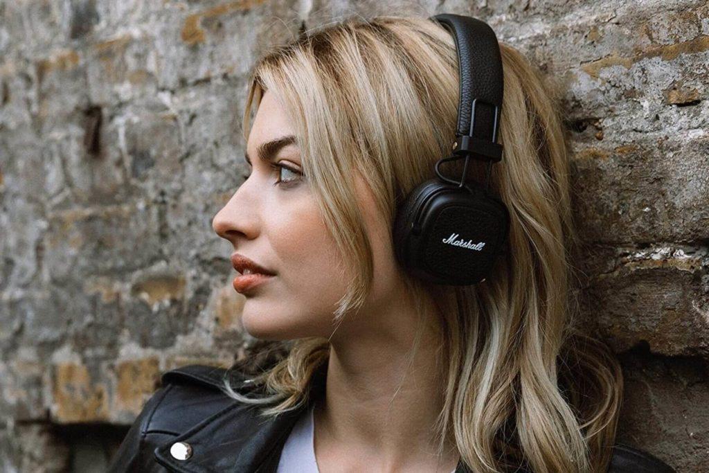 On-ear Headphones - Types of Bluetooth Headphones